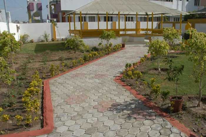West Zone Gardens : Surat Municipal Corporation